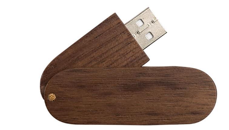 Chiavetta usb in legno personalizzata